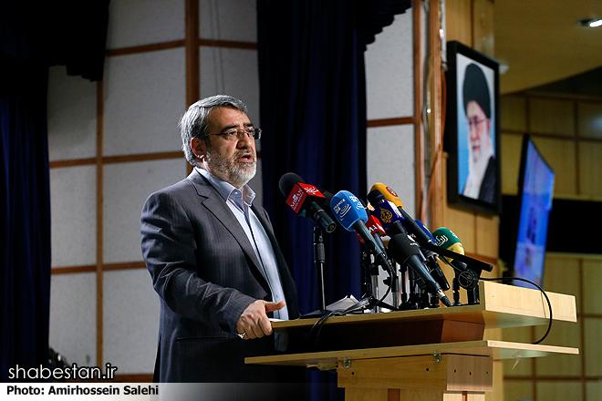 آمریکا در برابر اقتدار ملت ایران از موضع خود کوتاه آمد