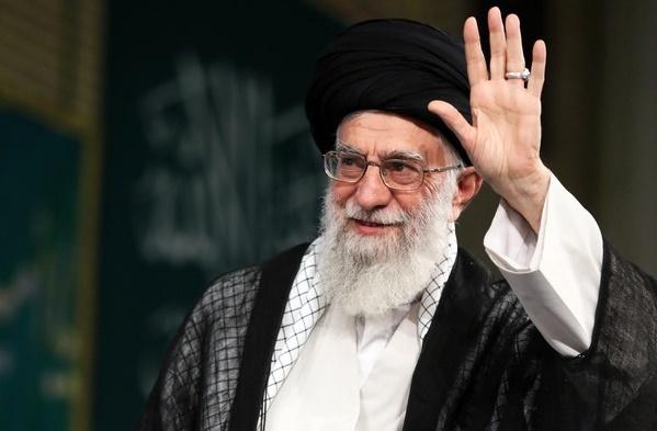 این ترقهبازیها تأثیری در اراده ملت ایران ندارد/ نظام آموزشی کشور نباید بیرون کشور نوشته شود