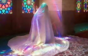 بازی رنگ ها در حجاب/ چادرم مانند حرم زیباست