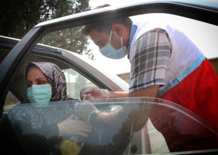 بیش از ۱۰۰۰ عضو جوان هلال احمر گیلان در واکسیناسیون شرکت کردند
