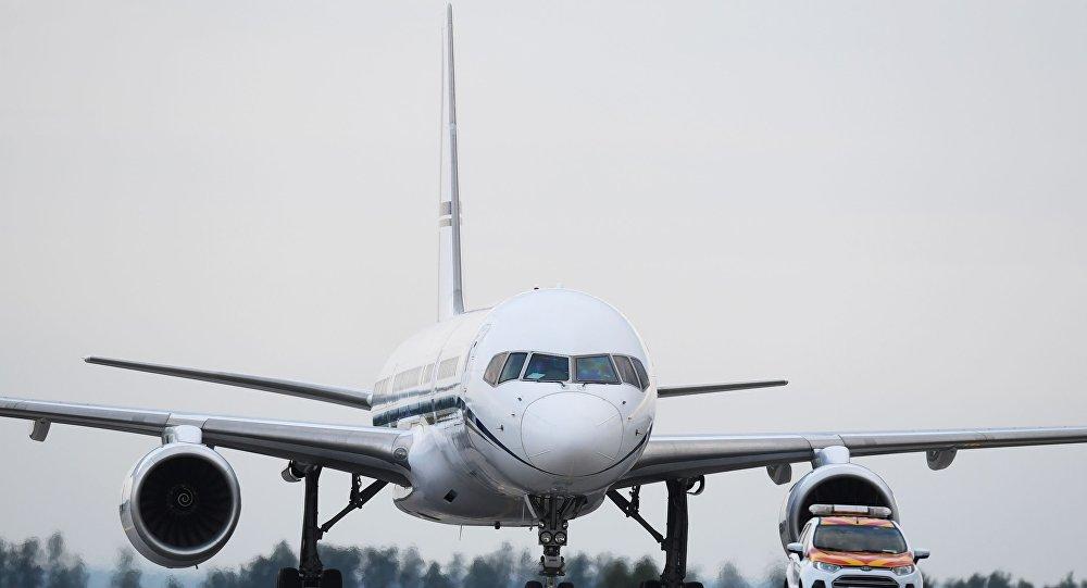 فرود اضطراری پرواز رشت – شیراز به دلیل نقص فنی